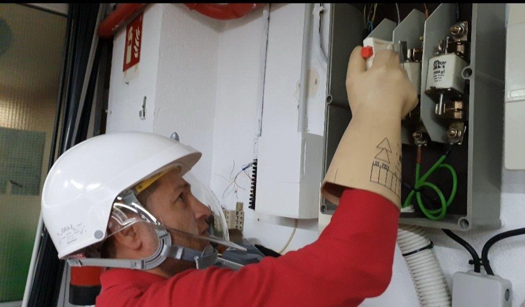 Instalaciones y reformas eléctricas en alcalá y corredor
